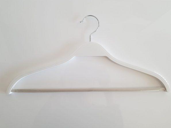 perchas-madera-blanca-finas-ordenotucasa-1